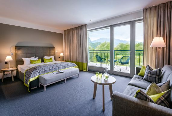 Dolomitengolf Suites luxury hotel room