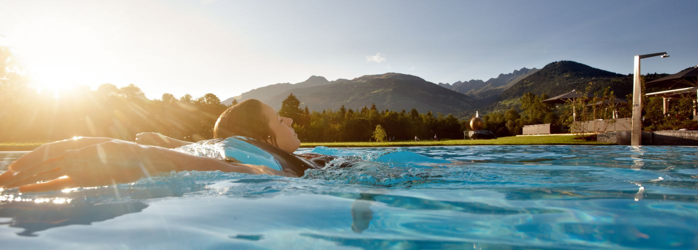 Dolomitengolf Suites Pool Osttirol